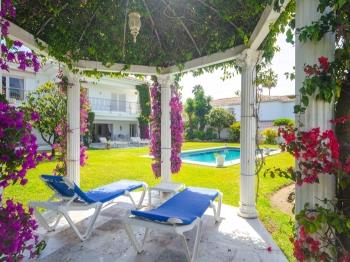 Villa Shayna - Apartment in Estepona
